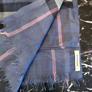 Gorgeous Burberry Plaid Scarf